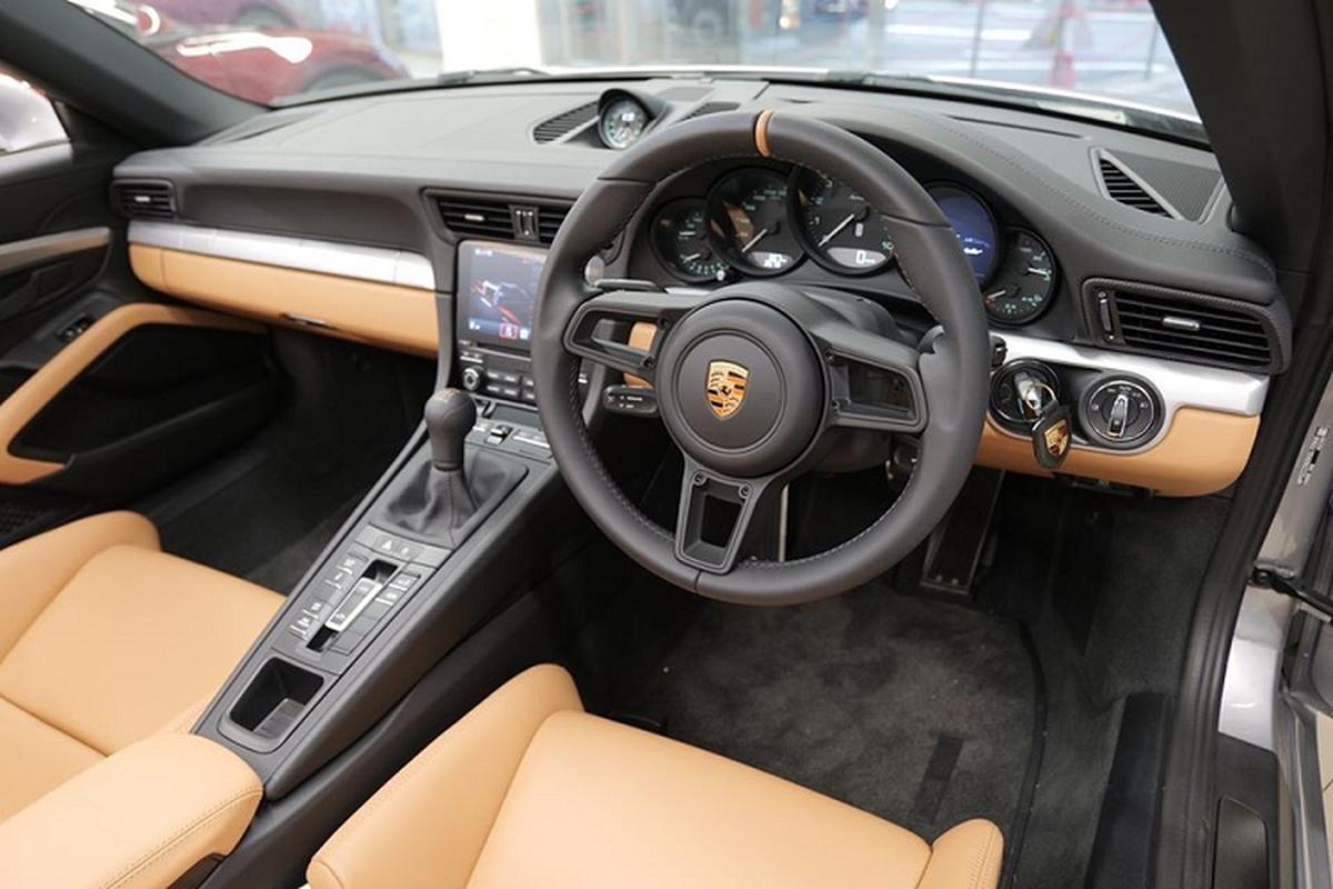 Sieu xe Porsche 911 Speedster cap ben Hong Kong, tu 15,6 ty dong-Hinh-6