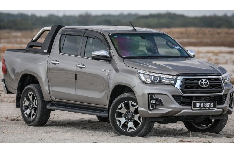 Toyota Hilux 2020 moi - thay doi dien mao, tinh chinh dong co