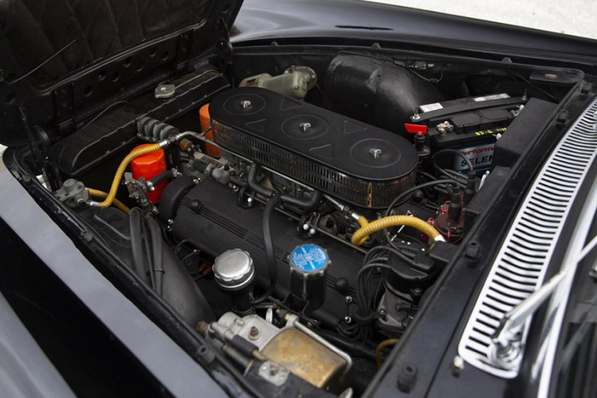 Dau gia sieu xe Ferrari 250 GTE cua canh sat Rome-Hinh-9