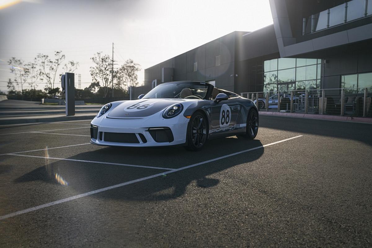 Sieu xe Porsche 911 cuoi cung hon 11,7 ty dong gay quy COVID-19-Hinh-5