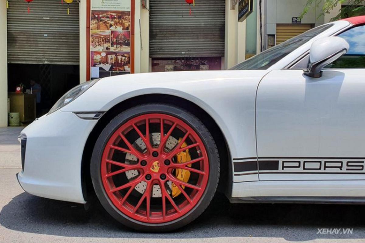 Porsche 911 Targa 4S hang hiem hon 11 ty lan banh o Sai Gon-Hinh-2