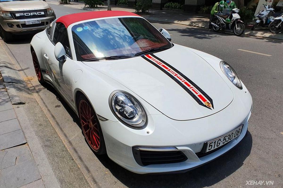 Porsche 911 Targa 4S hang hiem hon 11 ty lan banh o Sai Gon