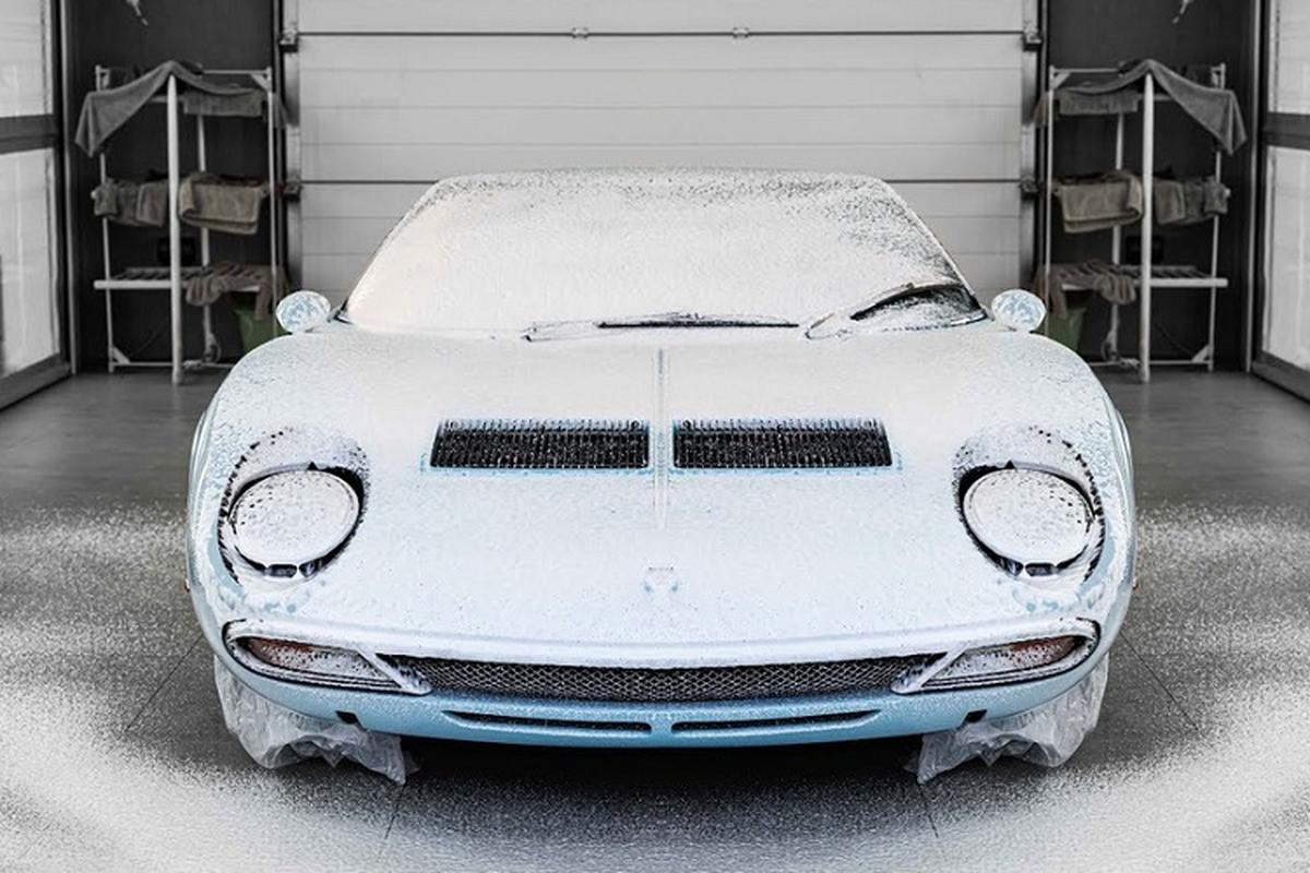 Xem qua trinh dan bao ve son cho sieu xe Lamborghini Miura SV