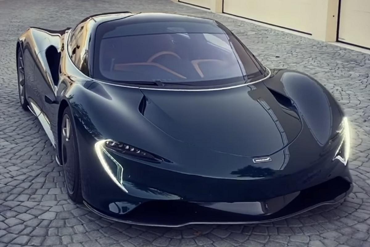 McLaren Speedtail khoac ao carbon xanh hang doc tai Bahrain-Hinh-2