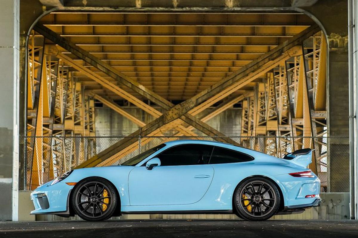 """Porsche 911 GT3 """"sieu luot"""" chay 2 nam co gi de...re?-Hinh-2"""