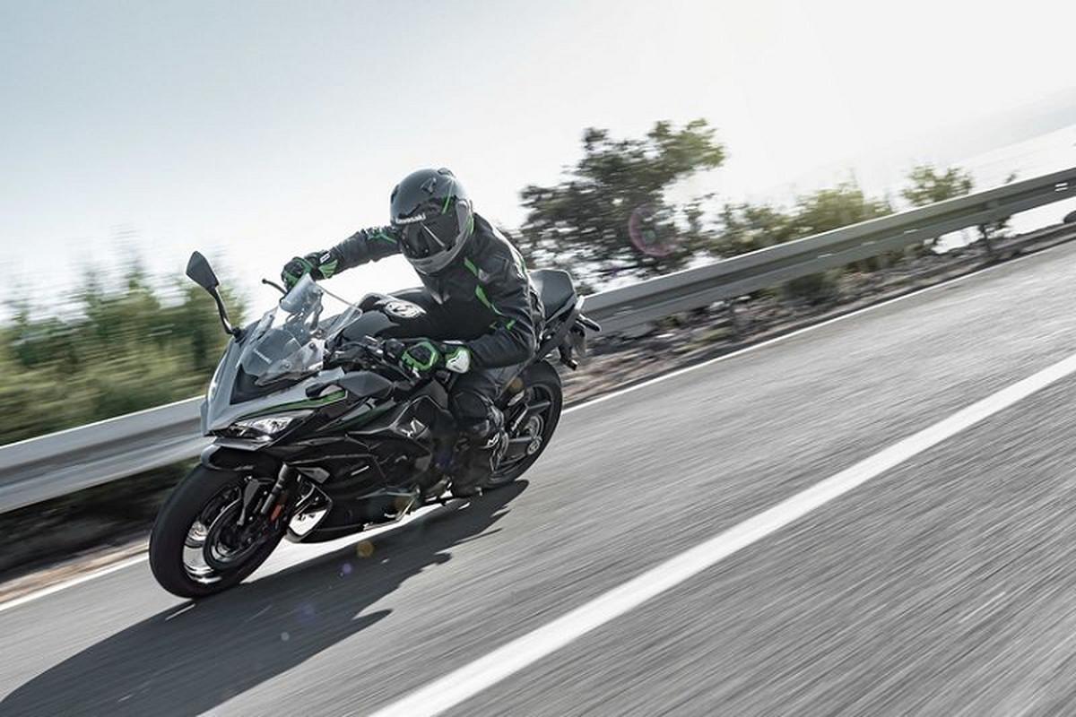 Kawasaki Ninja 1000SX 2020 tu 295 trieu dong tai Nhat Ban