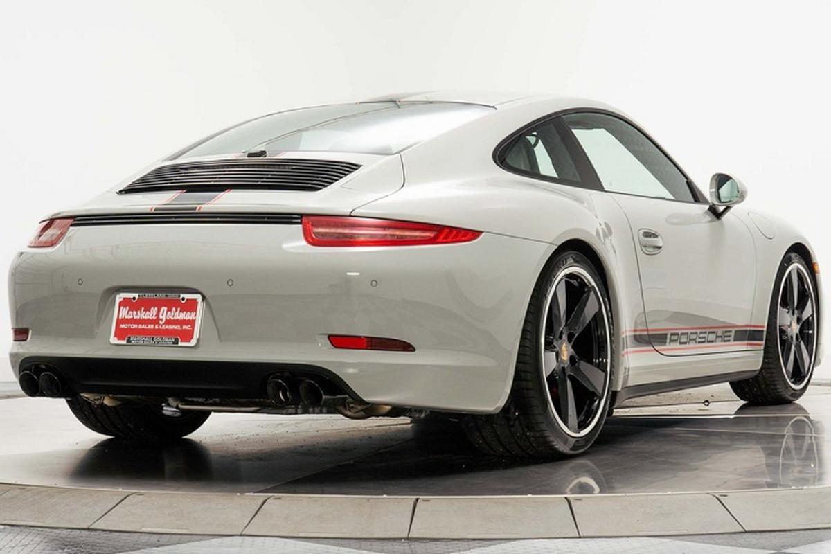 Porsche 911 Carrera GTS moi chay 66 km, chi hon 4 ty dong-Hinh-4