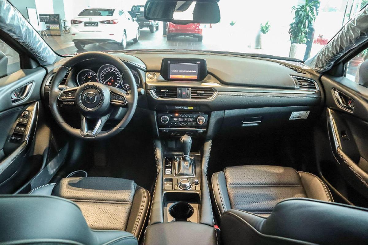 Dai ly chao ban Mazda6 trung bay, re hon 160 trieu dong mua moi-Hinh-4