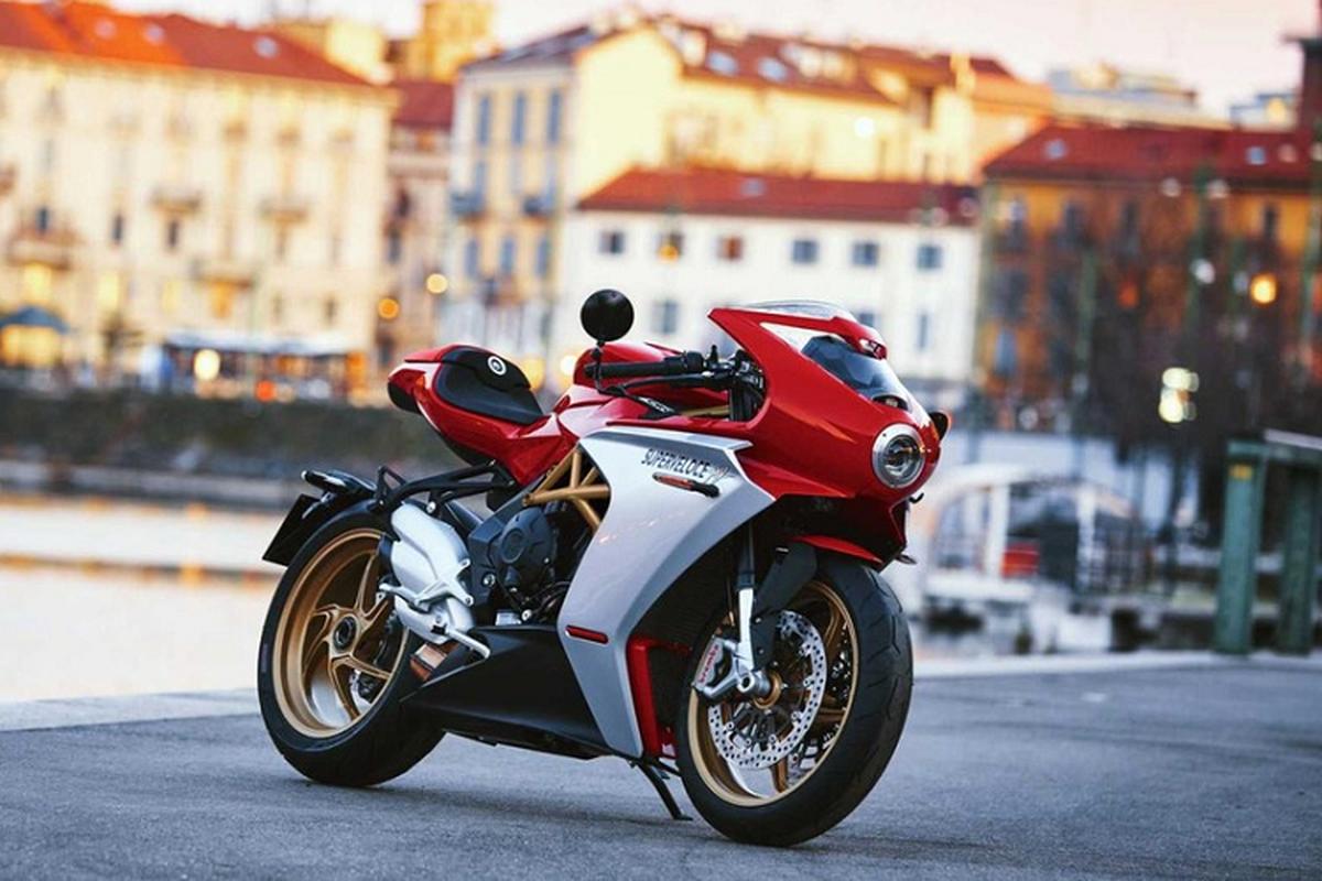 Ngam sieu moto MV Agusta Superveloce Ottocento tu 505 trieu dong