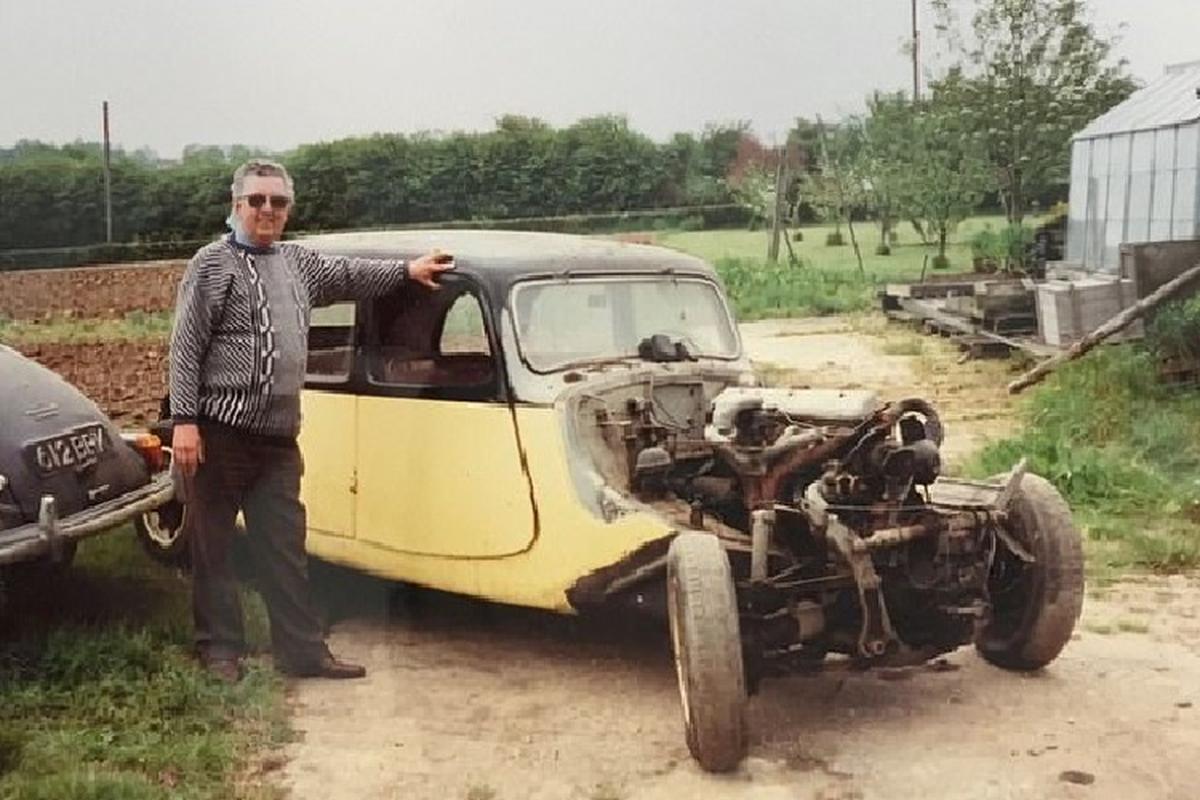 Dan choi mat 35 nam, tien ty de phuc che limousine Citroen 1939-Hinh-2