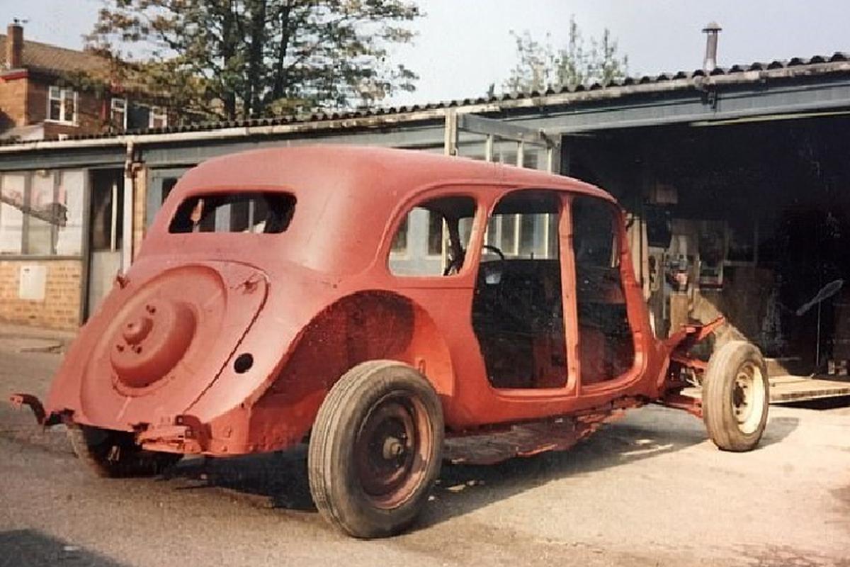 Dan choi mat 35 nam, tien ty de phuc che limousine Citroen 1939-Hinh-7