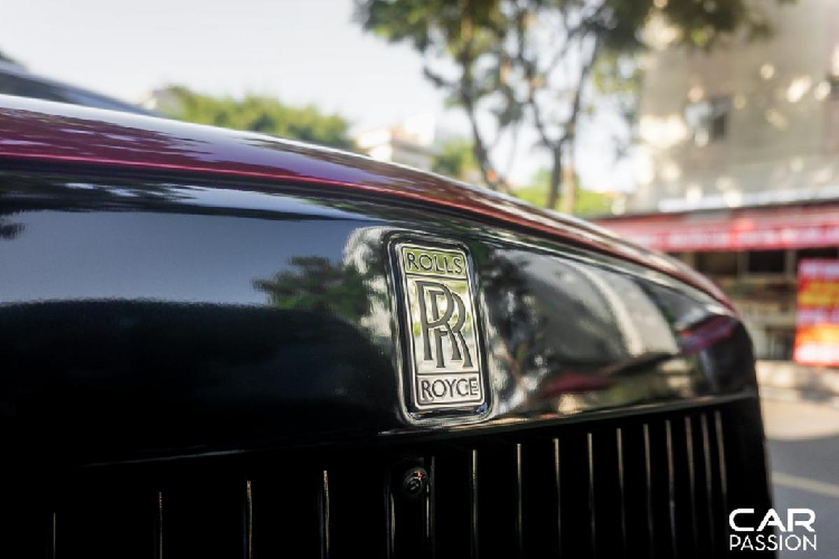Cham mat Rolls-Royce Cullinan mau doc, hon 30 ty o Sai Gon-Hinh-4