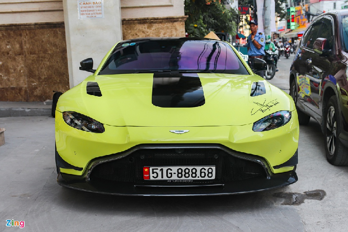 Aston Martin Vantage dau tien tai Viet Nam do mam hang doc-Hinh-5