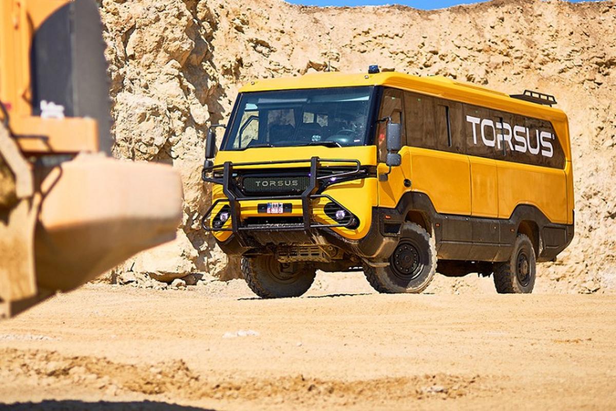"Torsus Praetorian 4x4 - xe buyt off-road ""ba dao"" nhat hanh tinh-Hinh-5"