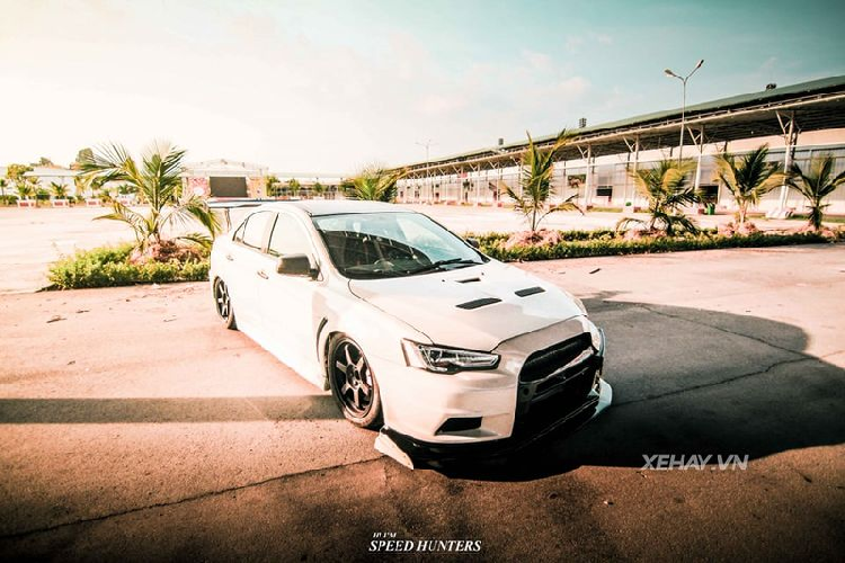 Hang hiem Mitsubishi Lancer Evolution X khoe dang o Sai Gon