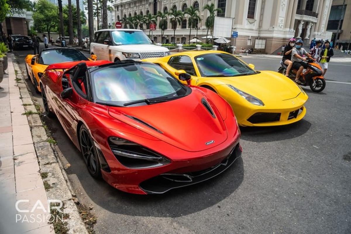 McLaren 720S Spider mau do doc nhat Viet Nam lan dau xuong pho