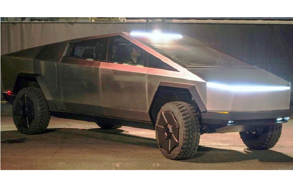 """Sau tat ca, Tesla Cybertruck chong dan thuong mai van """"khong lo"""