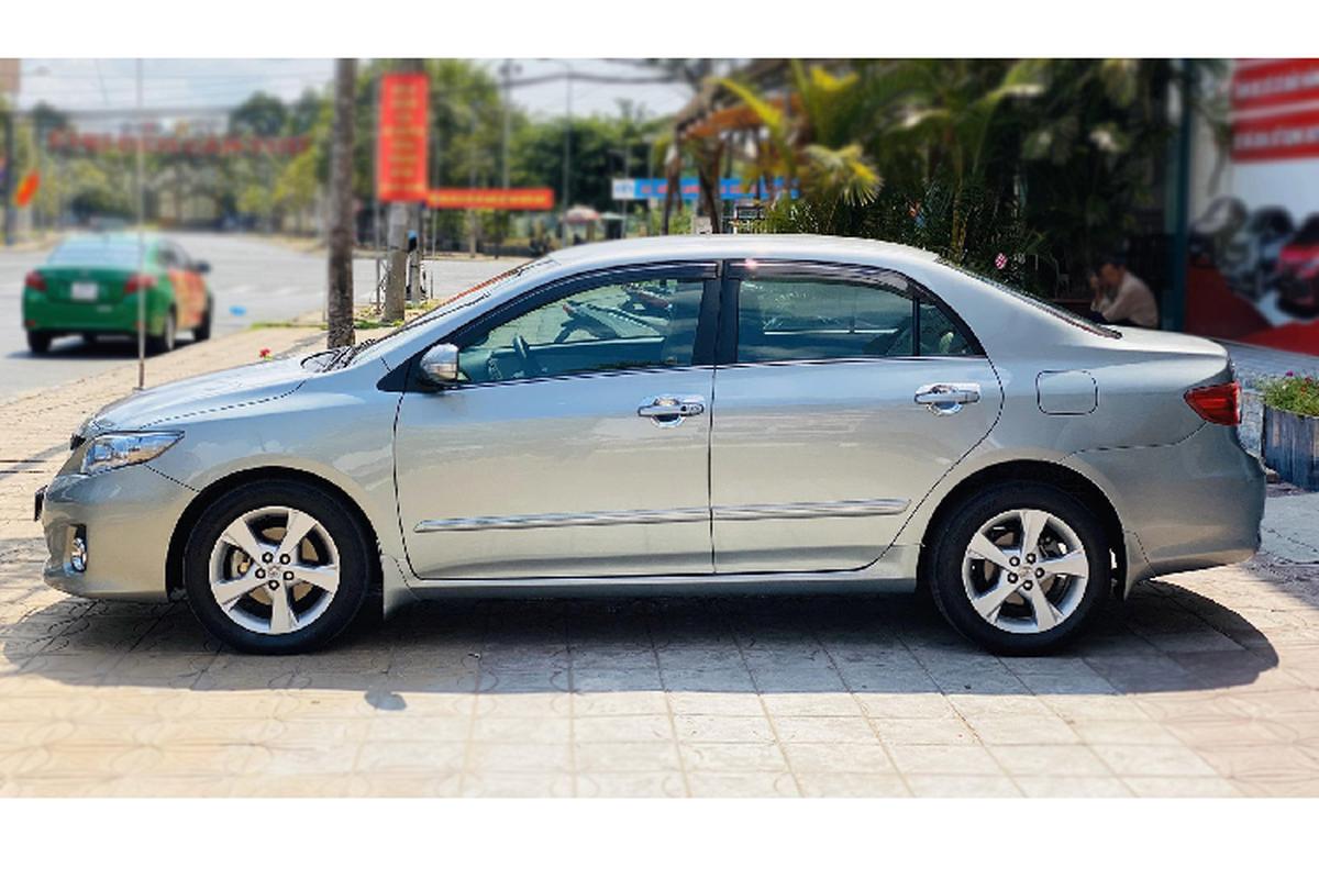 Chay gan 10 nam, Toyota Corolla Altis thet gia hon 500 trieu dong-Hinh-8