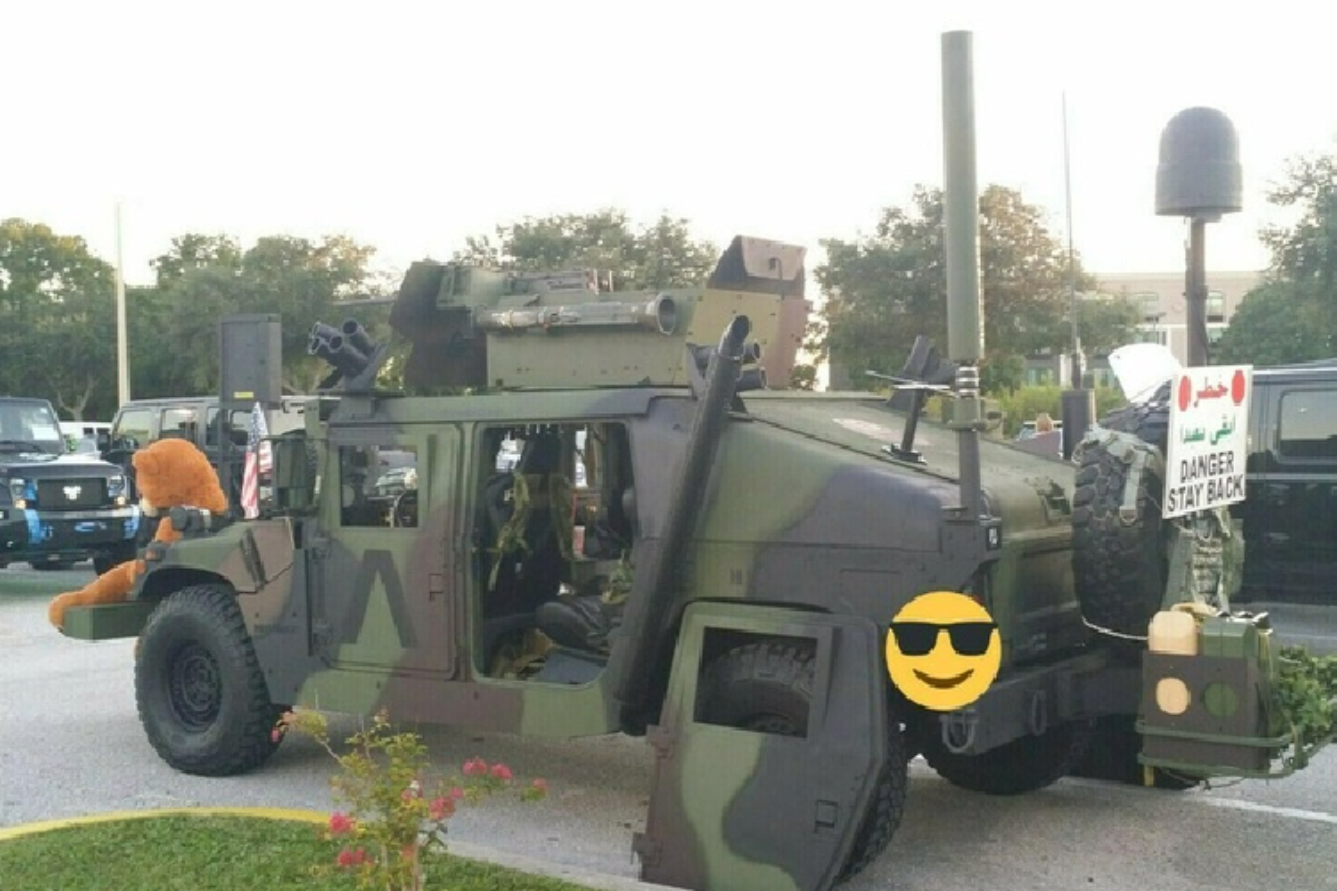 Xe quan su Humvee gan sung may rao ban hon 2 ty dong-Hinh-5