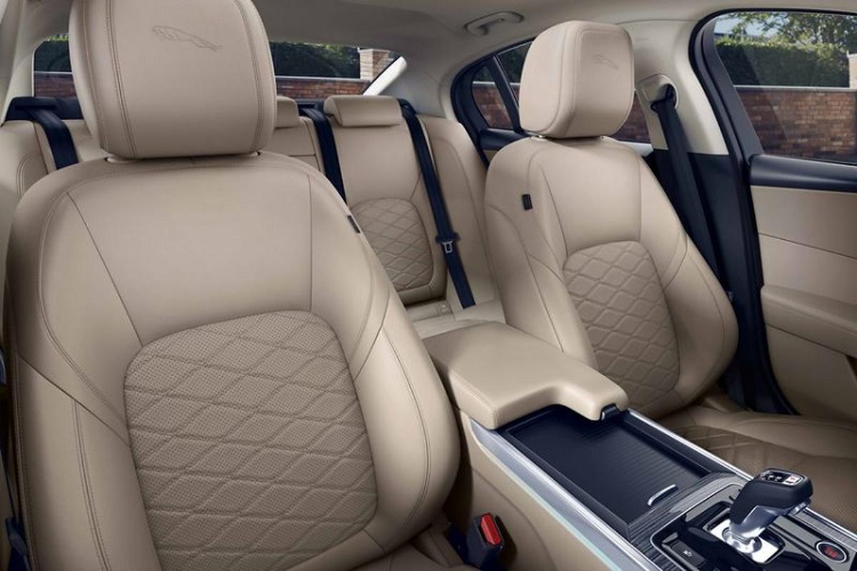 Jaguar XE 2020 se ra mat Viet Nam voi hai phien ban-Hinh-7