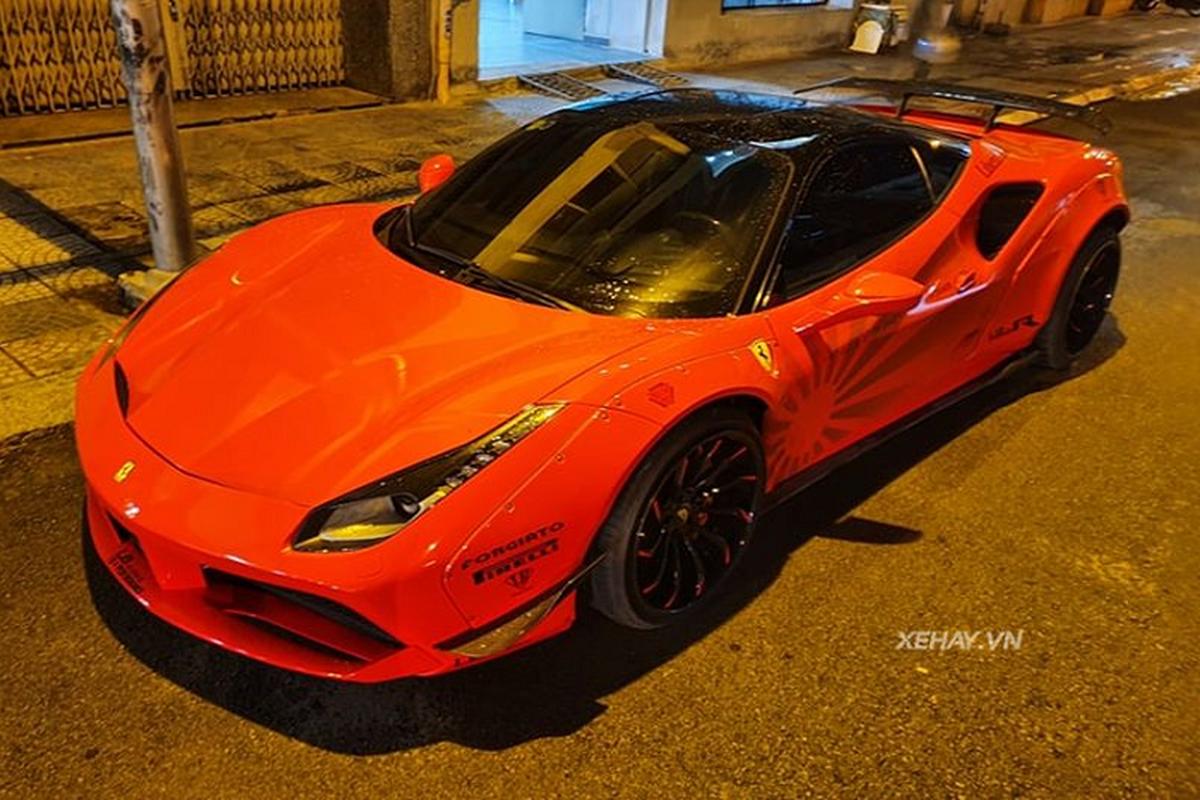 """Sieu ngua"" Ferrari 488 GTB thay ao do ruc tai Sai Gon-Hinh-6"