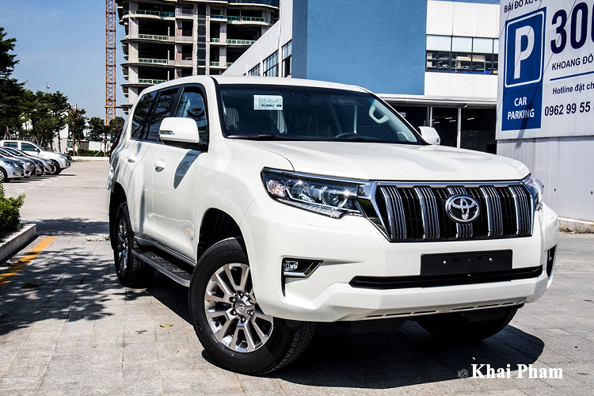 Can canh Toyota Land Cruiser Prado 2020 hon 2,3 ty o Ha Noi