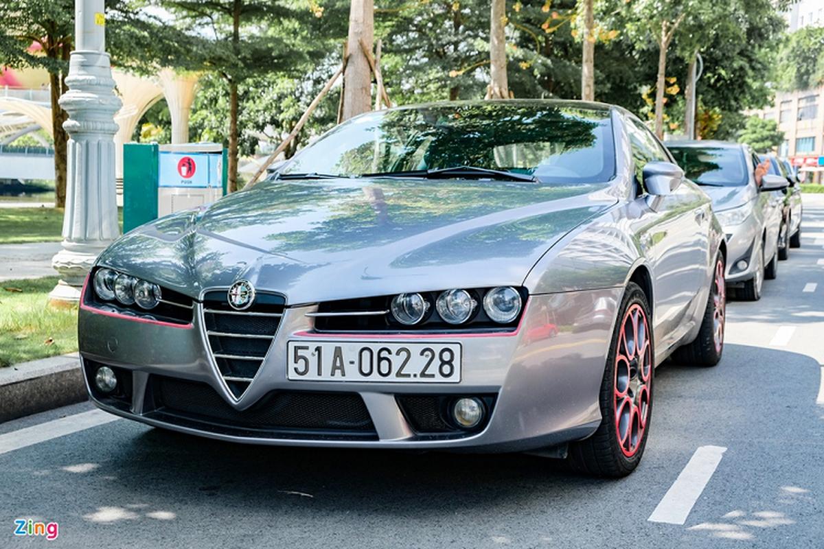 Alfa Romeo Brera hang hiem hon 10 nam tuoi tai Viet Nam