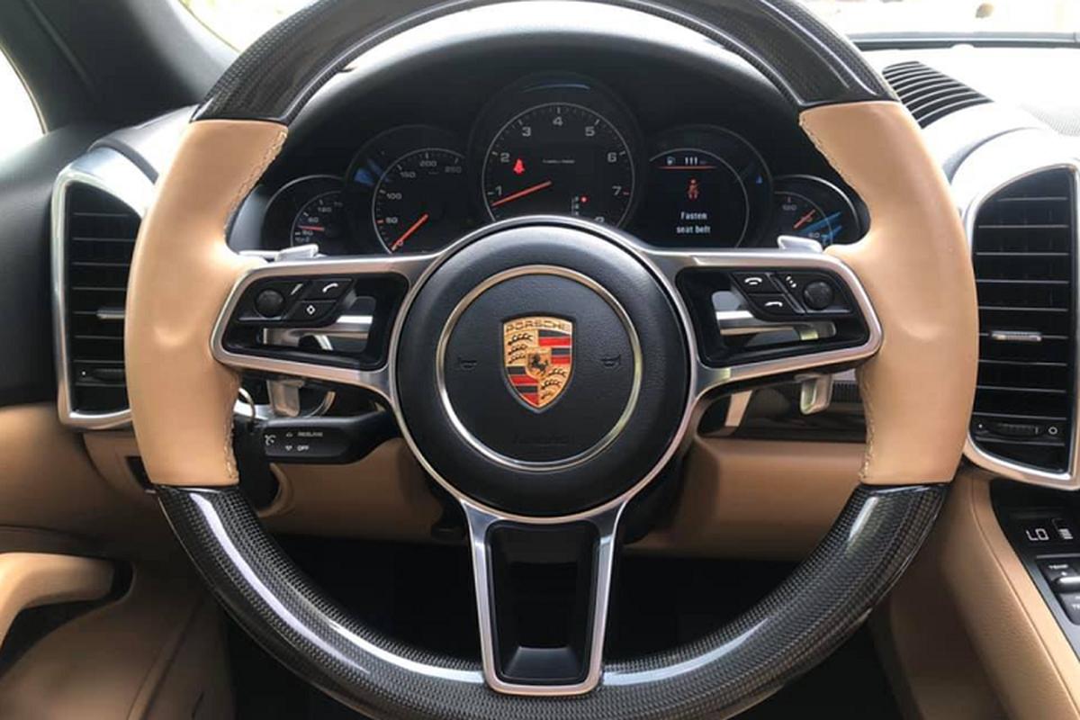 Porsche Cayenne chay 5 nam, rao ban 3 ty o Sai Gon-Hinh-3