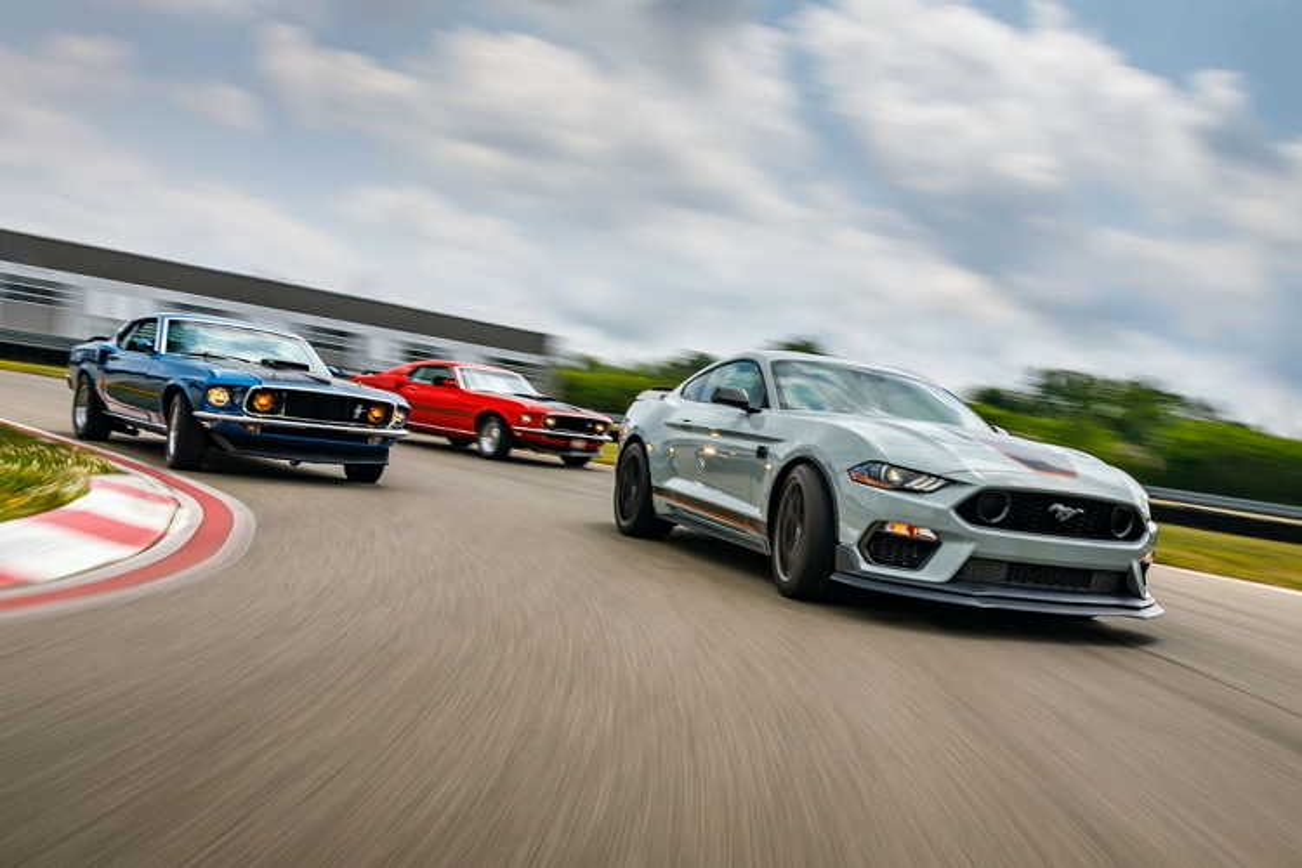 Ford Mustang Mach 1 - huyen thoai sanh vai James Bond tai xuat-Hinh-11