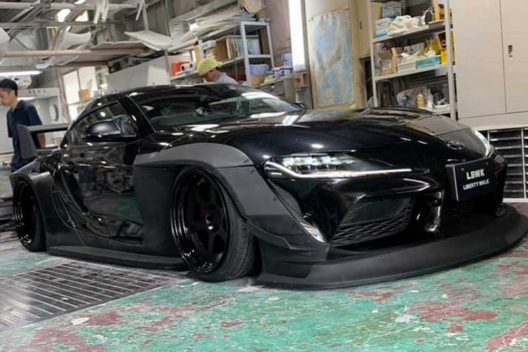 Toyota Supra the he moi do Liberty Walk chat nhu sieu xe-Hinh-5