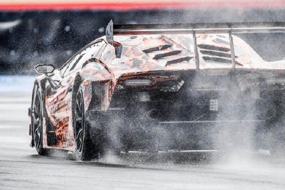 Lamborghini SCV12 - sieu xe truong dua cong suat 830 ma luc-Hinh-4