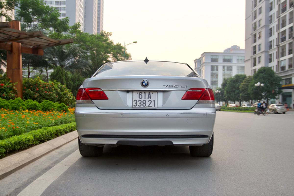 Xe sang BMW 750Li chay 14 nam ban gan 700 trieu o Binh Duong-Hinh-10