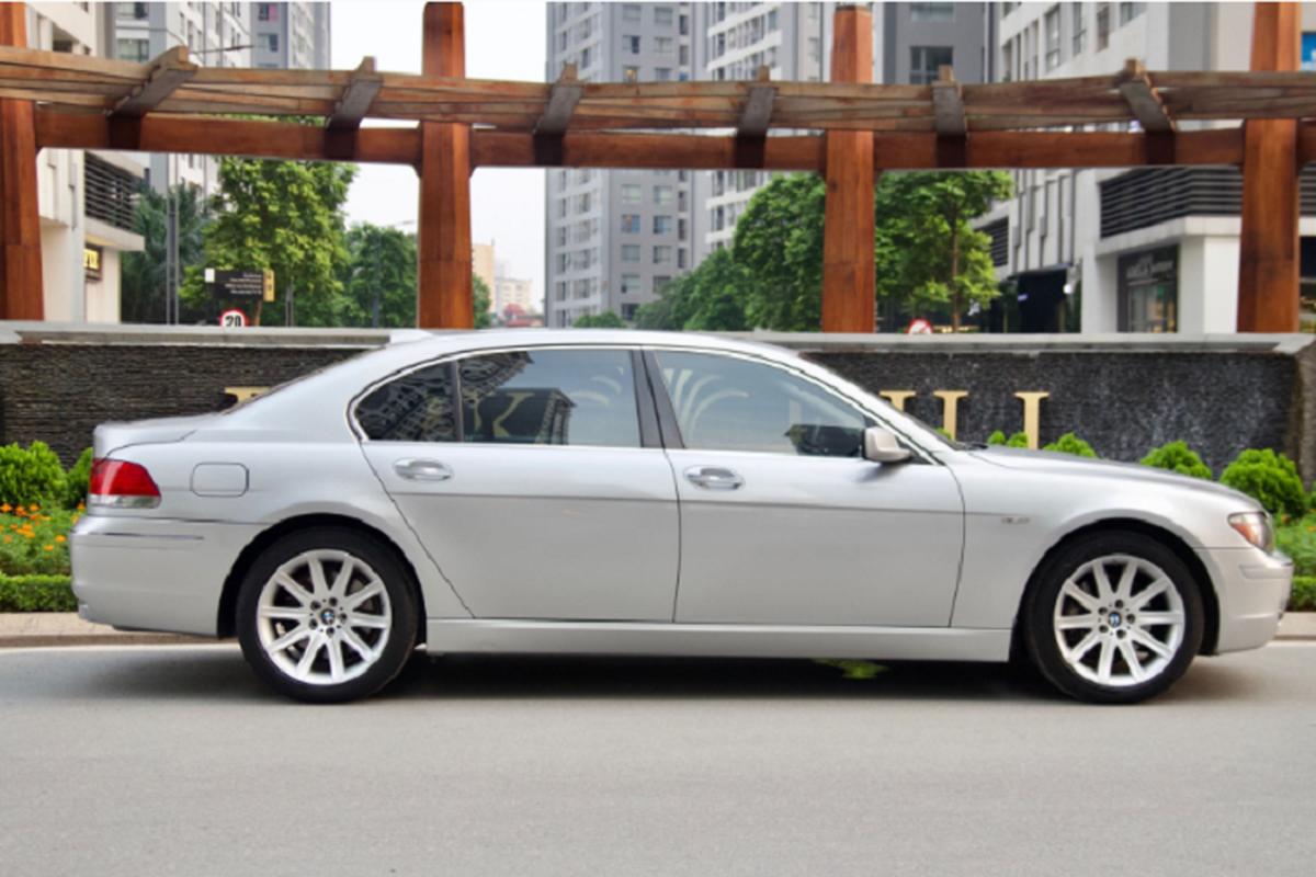 Xe sang BMW 750Li chay 14 nam ban gan 700 trieu o Binh Duong-Hinh-9