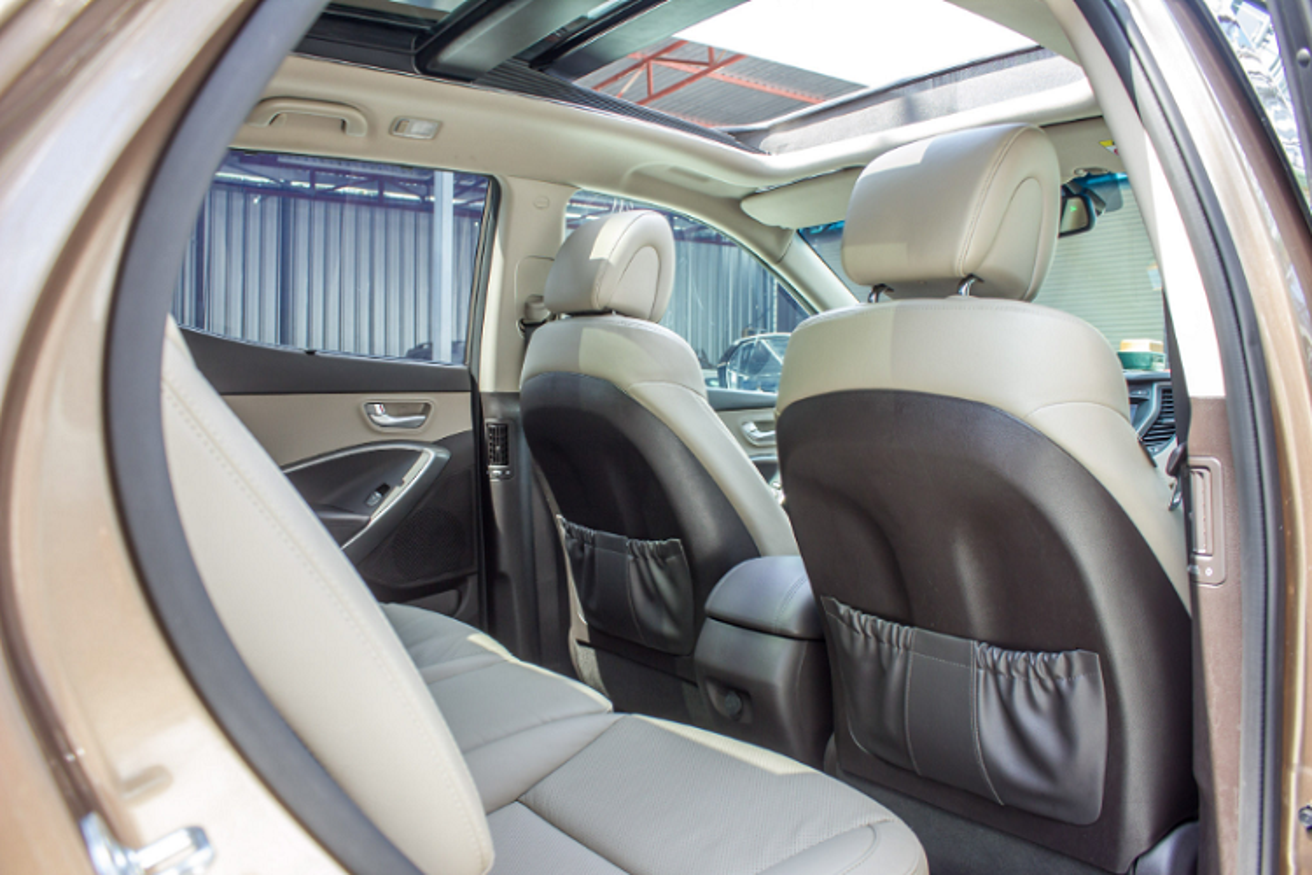 Co nen mua Hyundai SantaFe 2016 gan 900 trieu tren san xe cu?-Hinh-6