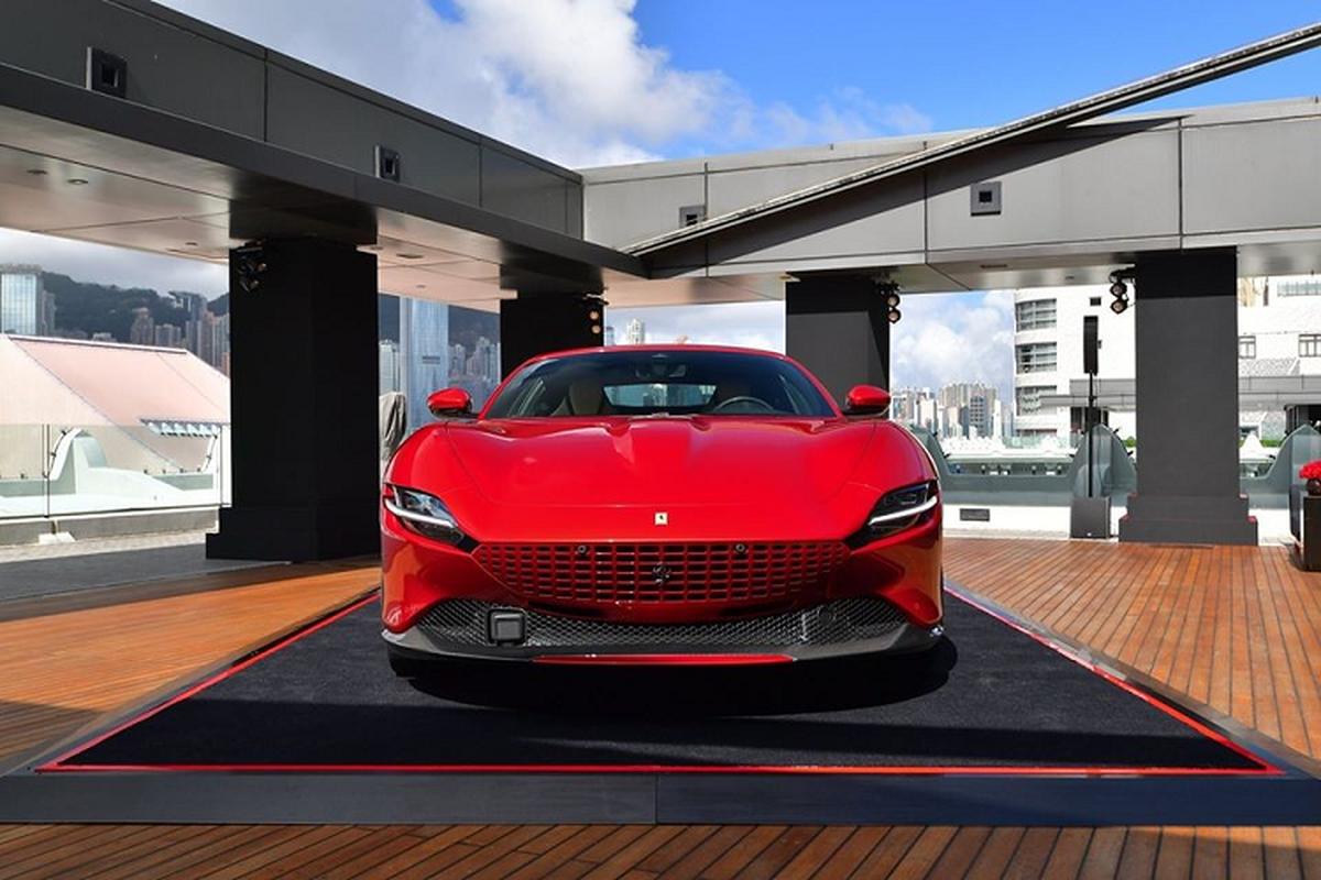 Sieu xe Ferrari Roma moi ban ra tu 9 ty dong tai Hong Kong