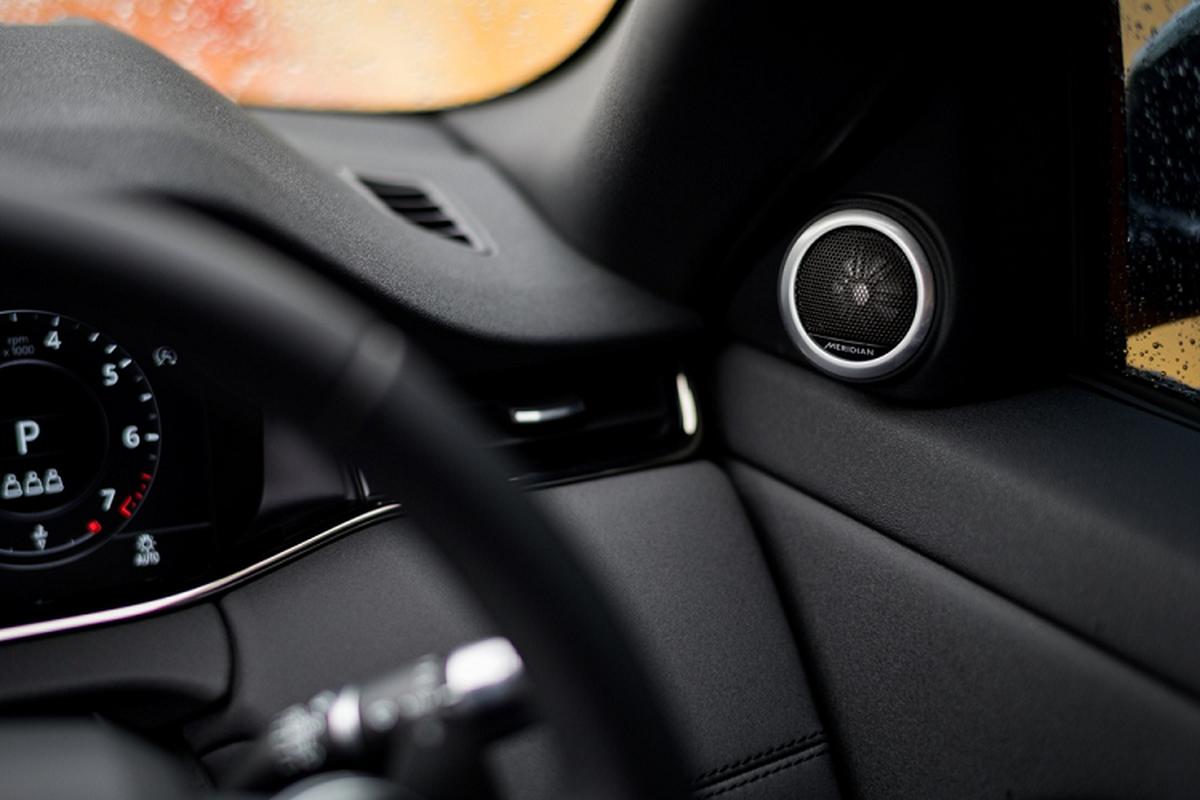 Range Rover Evoque 2020 hon 2,2 ty tai Malaysia sap ve VN?-Hinh-10