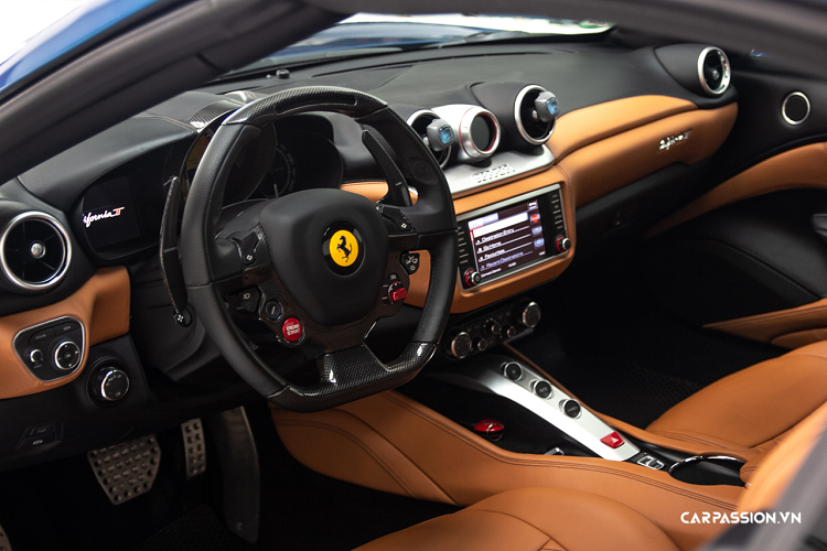 Ngam sieu xe Ferrari California T