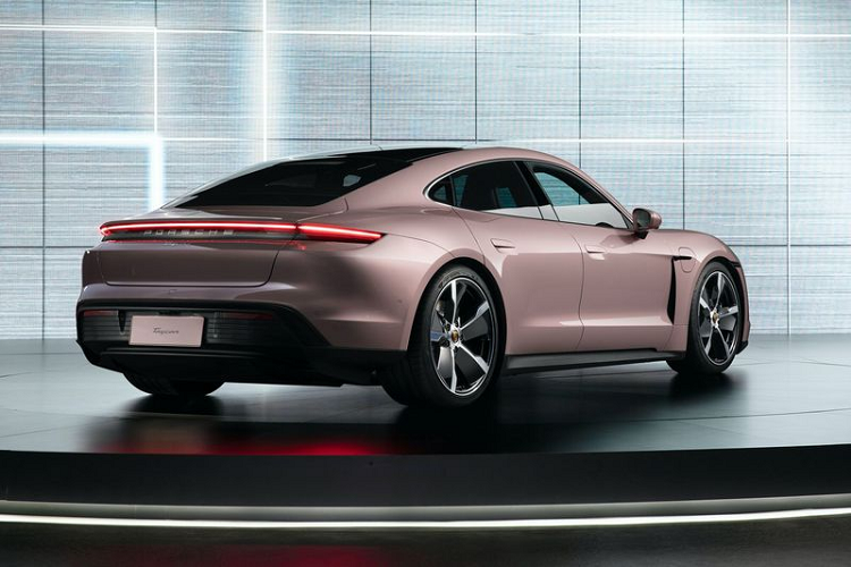 Ra mat Porsche Taycan RWD tu 2,9 ty dong tai Trung Quoc-Hinh-3
