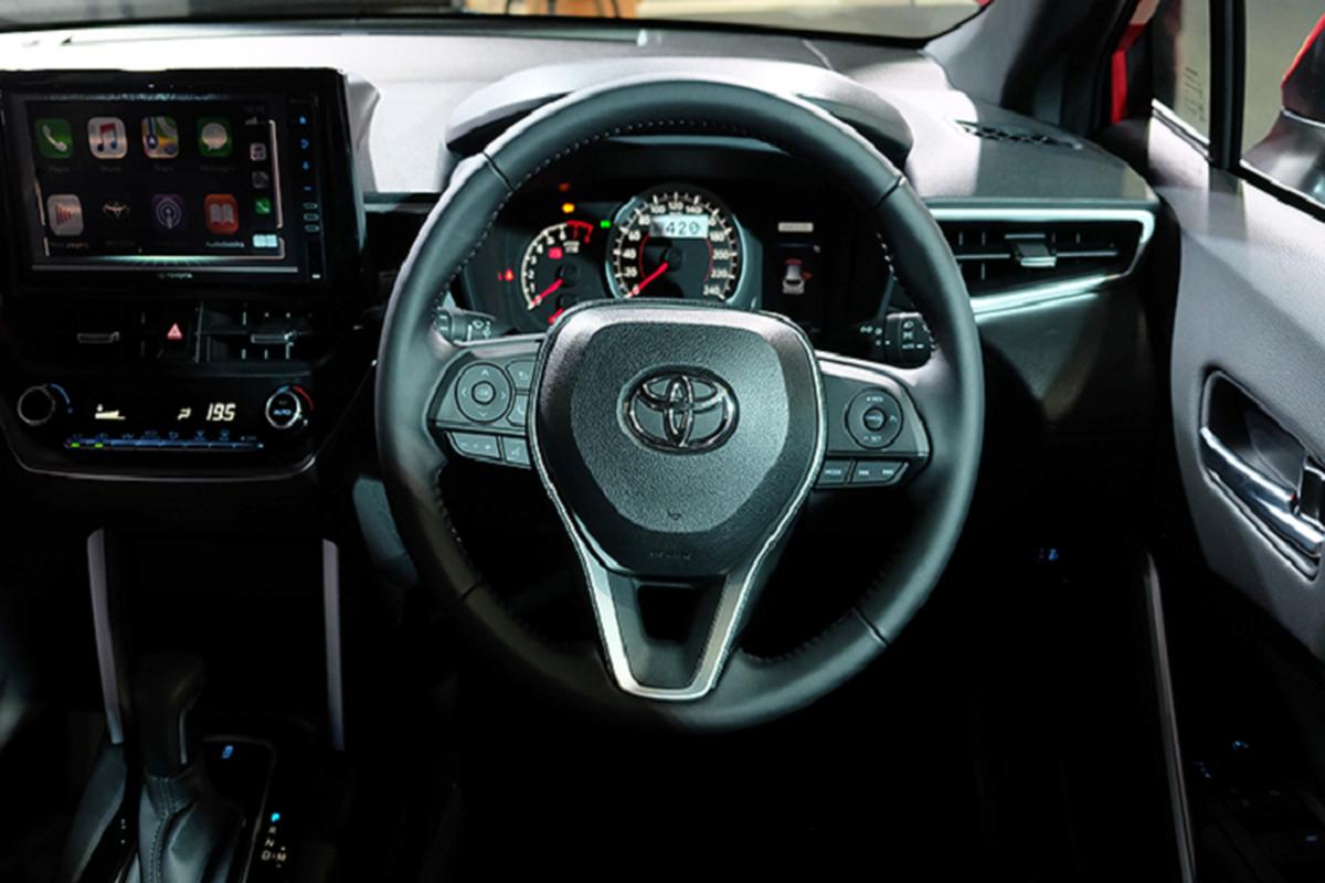 Toyota Corolla Cross 1.8 may xang trang bi co ngheo nan?-Hinh-6
