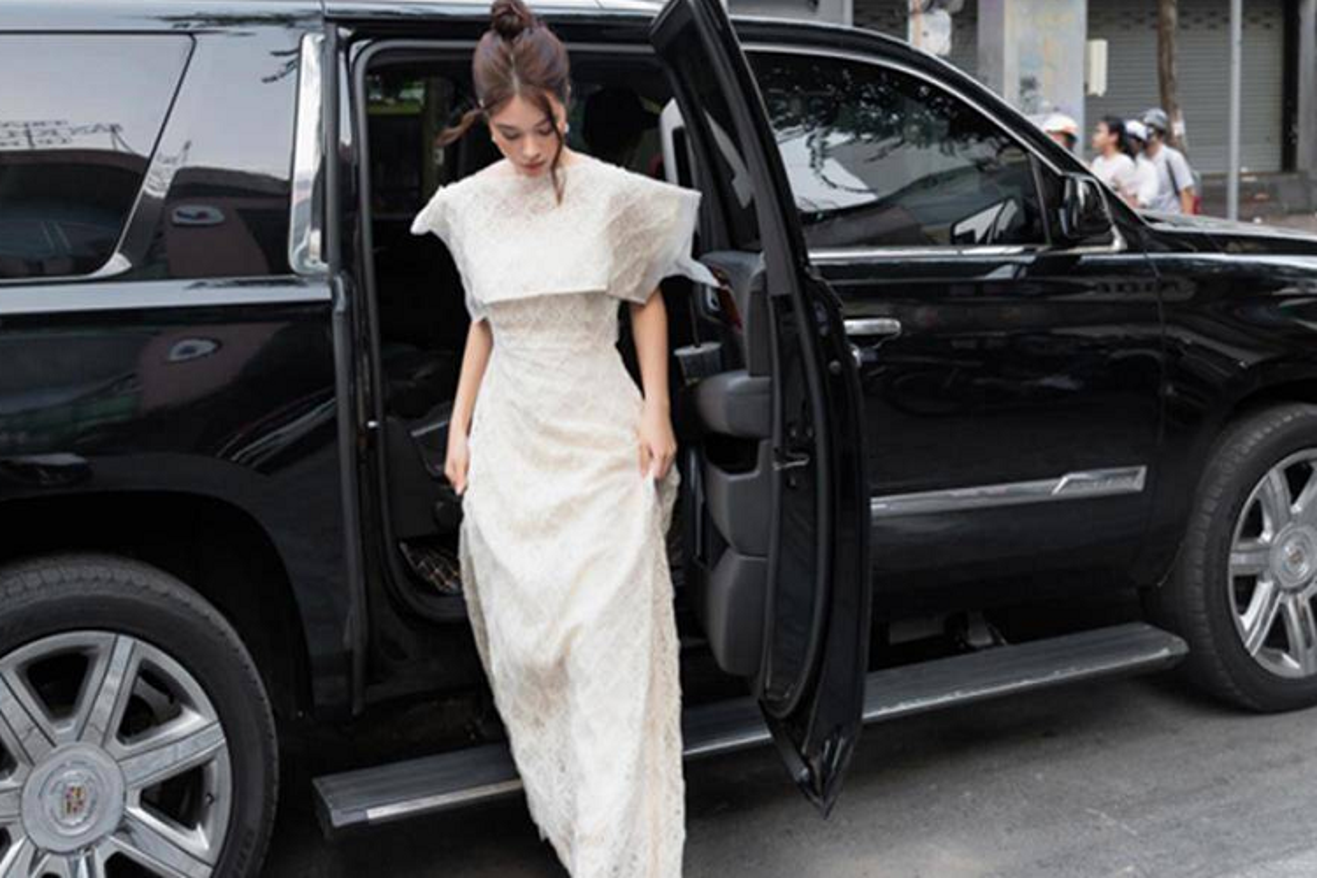 Hoa hau Jolie Nguyen tung so huu