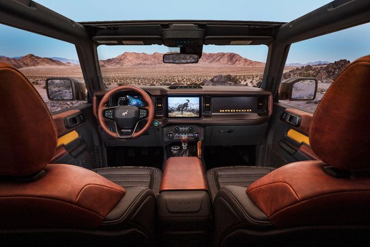 Ford Bronco 2021 co xung dang la doi thu cua Jeep Wrangler?-Hinh-3