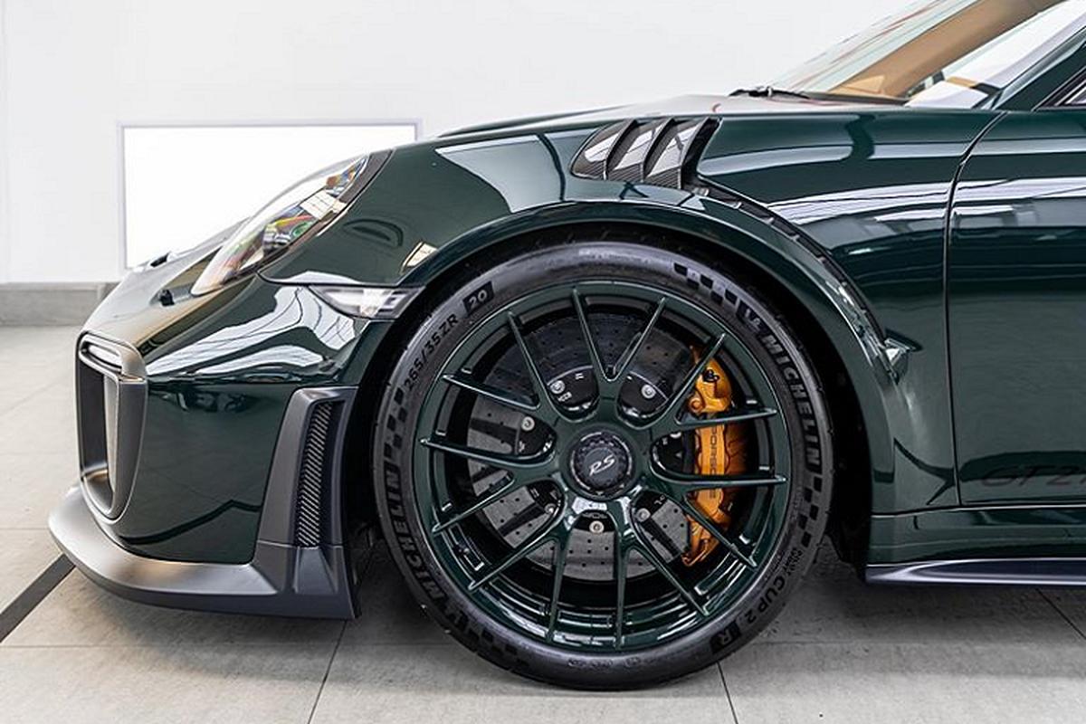 "Porsche 911 GT2 RS ""lot xac"" hoan toan boi Topaz Detailling-Hinh-3"