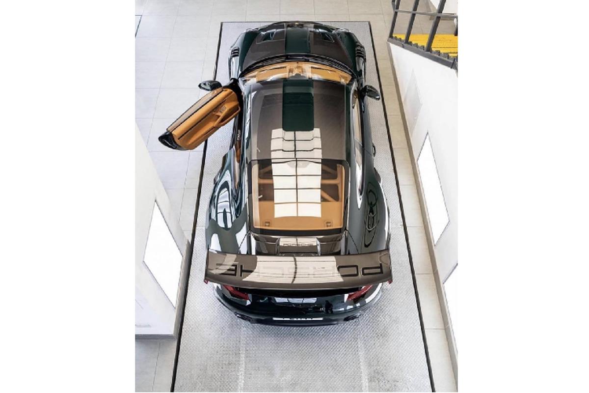 "Porsche 911 GT2 RS ""lot xac"" hoan toan boi Topaz Detailling-Hinh-5"