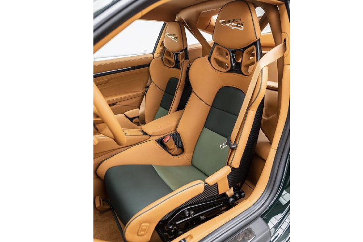 "Porsche 911 GT2 RS ""lot xac"" hoan toan boi Topaz Detailling-Hinh-9"