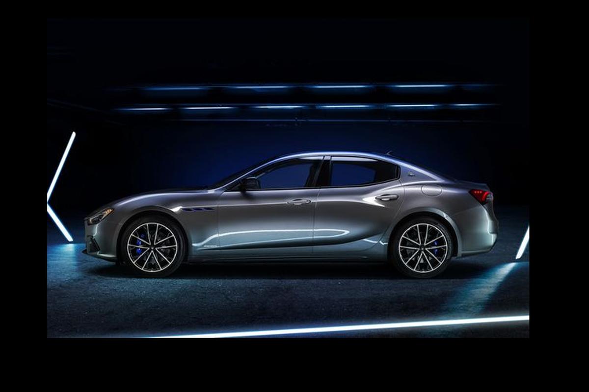 Maserati Ghibli Hybrid moi nang cap ngoai that, manh 330 ma luc-Hinh-3