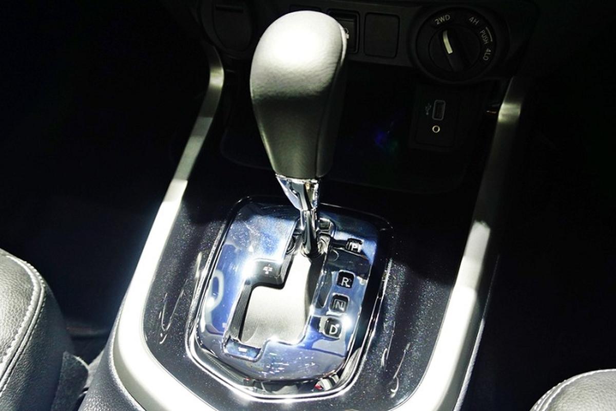 Nissan Navara N-Trek Warrior 2020 khoi diem tu 695 trieu dong-Hinh-8