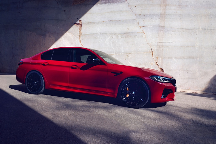 BMW M5 Competition 2021 ban ra toi hon 4 ty dong-Hinh-5