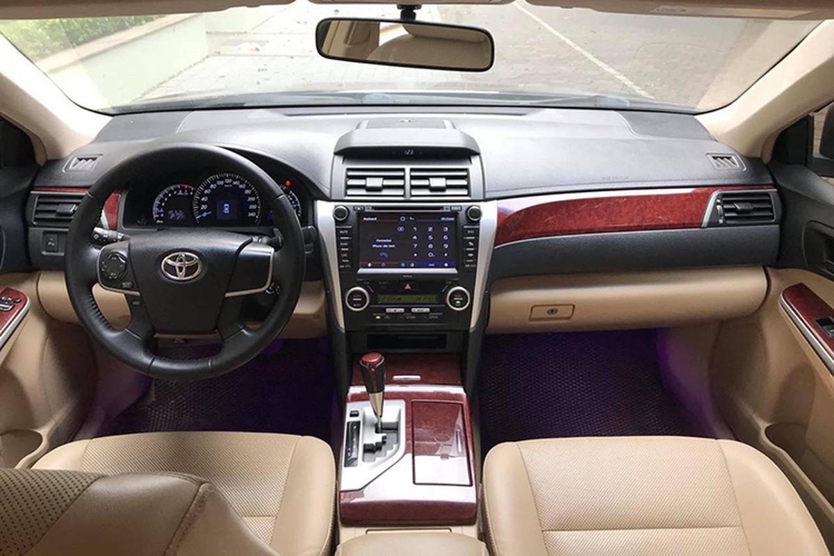 Toyota Camry dung 7 nam, hon 600 trieu dong o Ha Noi-Hinh-3