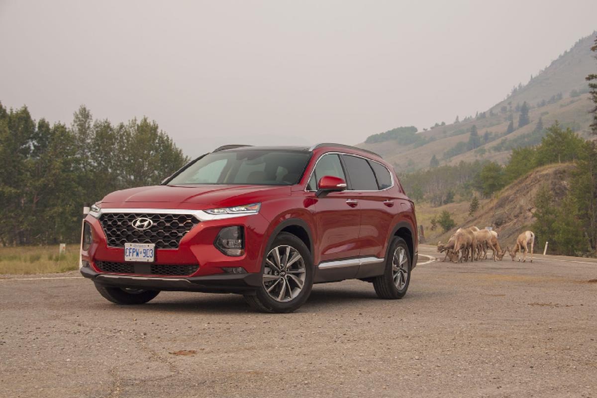 Hyundai SantaFe chay 12 nam len doi 2019 moi o Ha Noi-Hinh-5