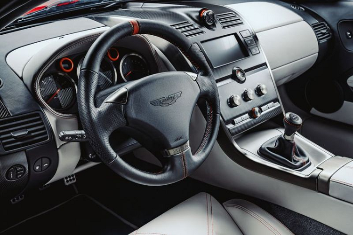 Aston Martin Callum Vanquish gioi han 25 chiec, toi 16,2 ty dong-Hinh-7